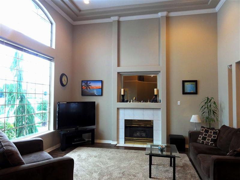 """Photo 3: Photos: 16923 103A Avenue in Surrey: Fraser Heights House for sale in """"Abbey Glen"""" (North Surrey)  : MLS®# F1228836"""