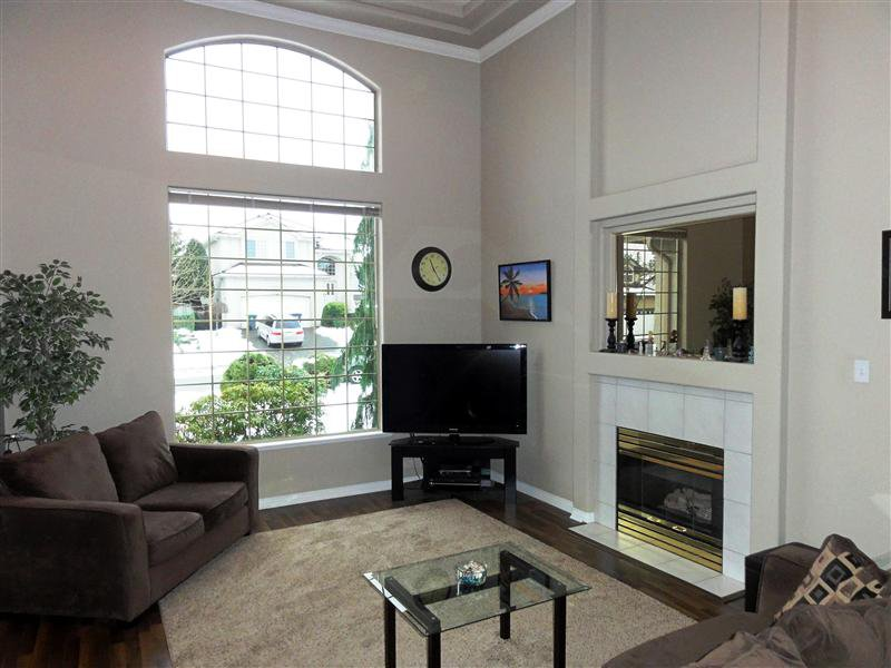 """Photo 4: Photos: 16923 103A Avenue in Surrey: Fraser Heights House for sale in """"Abbey Glen"""" (North Surrey)  : MLS®# F1228836"""