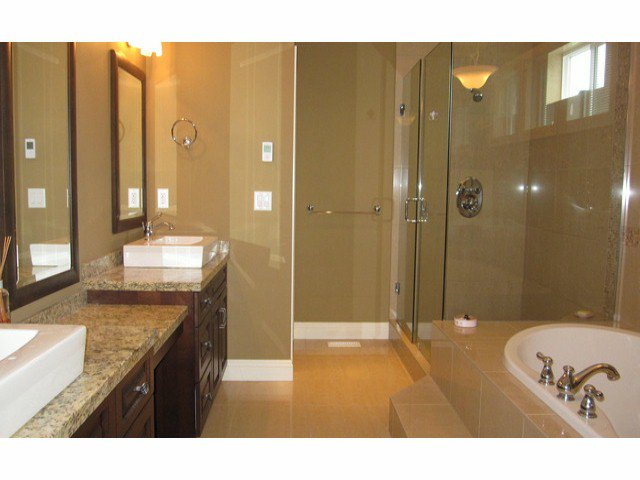 Photo 10: Photos: 2556 163A ST in Surrey: Grandview Surrey House for sale (South Surrey White Rock)  : MLS®# F1414845