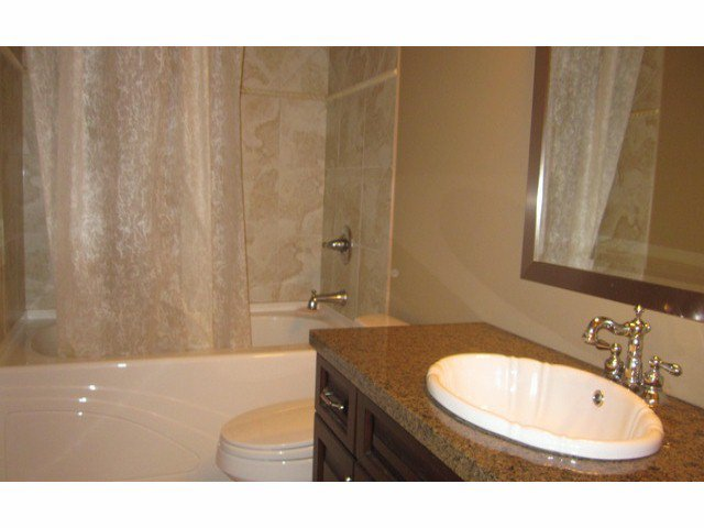 Photo 8: Photos: 2556 163A ST in Surrey: Grandview Surrey House for sale (South Surrey White Rock)  : MLS®# F1414845