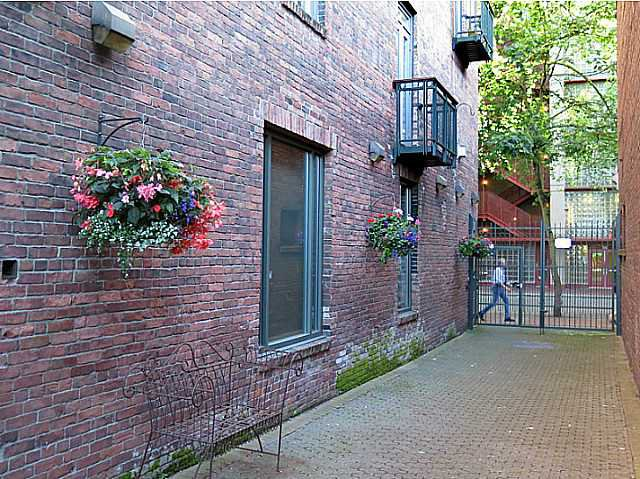 Photo 15: Photos: # 202 141 WATER ST in Vancouver: Downtown VW Condo for sale (Vancouver West)  : MLS®# V1070721