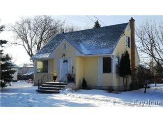 Main Photo: 734 Elmhurst in Winnipeg: Charleswood Single Family Detached for sale (West Winnipeg)  : MLS®# 1429453
