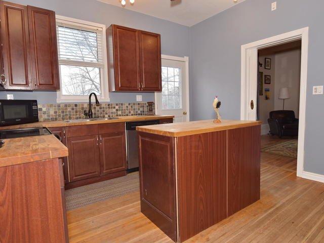 Photo 6: Photos: 92 Cameron Street East: Cannington Freehold for sale (Brock)  : MLS®# N4151963