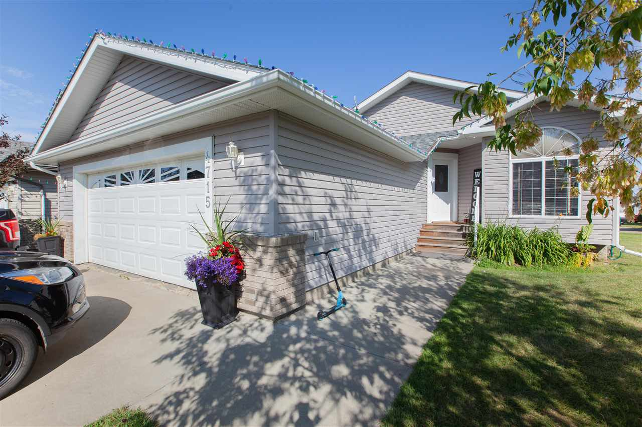 Main Photo: 4715 47 Street: Clyde House for sale : MLS®# E4211624