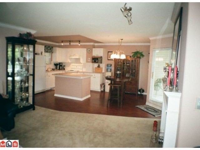 """Photo 4: Photos: 7 9036 208TH Street in Langley: Walnut Grove Townhouse for sale in """"HUNTERS GLEN"""" : MLS®# F1220851"""