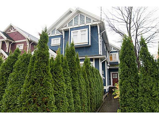 "Main Photo: 1932 TURNER Street in Vancouver: Hastings 1/2 Duplex for sale in ""Commercial Drive"" (Vancouver East)  : MLS®# V979467"