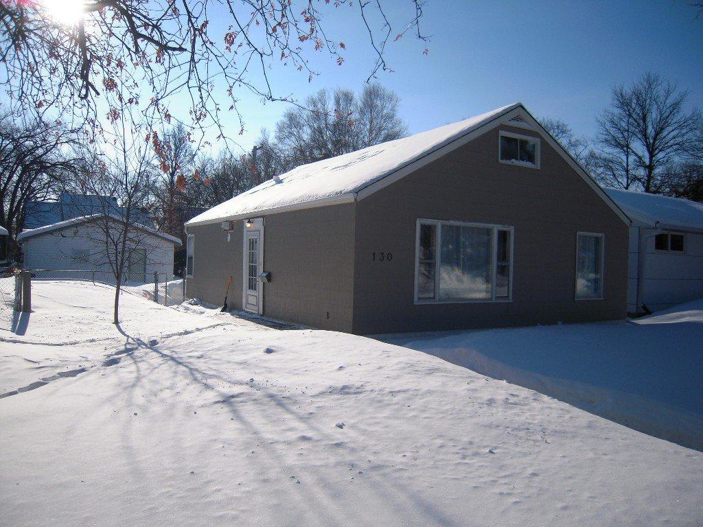 Main Photo: 130 Oakwood Avenue in Winnipeg: Riverview Residential for sale (South Winnipeg)  : MLS®# 1402301