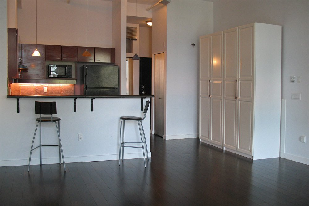 Photo 6: Photos: 208 428 W 8th Avenue in Vancouver: Mount Pleasant VW Condo for sale (Vancouver West)  : MLS®# V888473
