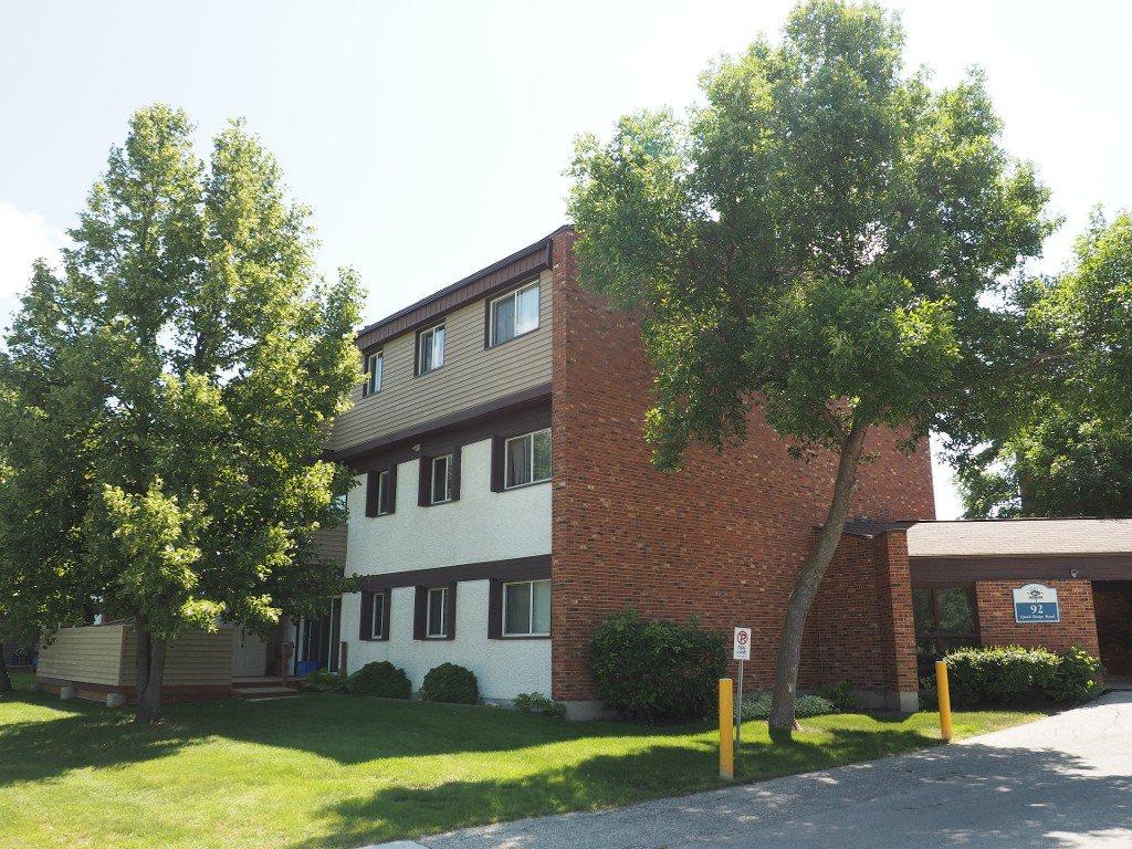Main Photo: 611 92 Quail Ridge Road in Winnipeg: St James Condominium for sale (West Winnipeg)  : MLS®# 1520035