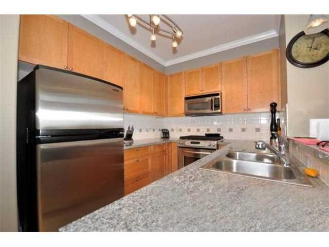 Photo 5: Photos: # 401 4280 MONCTON ST in Richmond: Steveston South Condo for sale : MLS®# V1130976