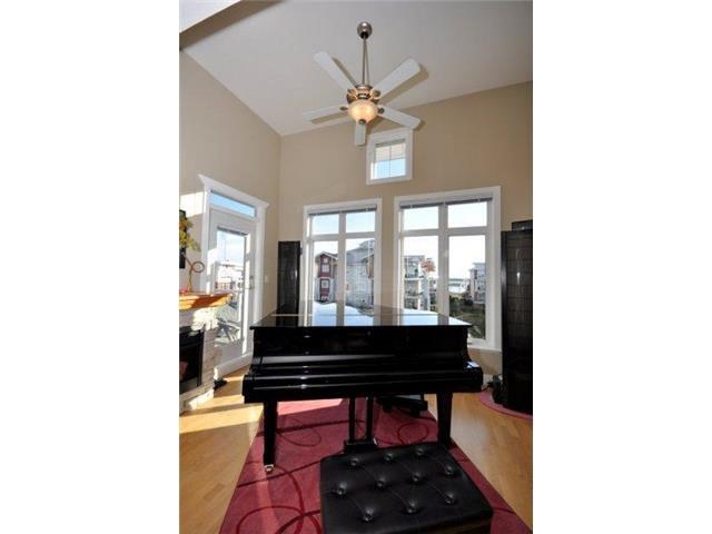 Photo 3: Photos: # 401 4280 MONCTON ST in Richmond: Steveston South Condo for sale : MLS®# V1130976