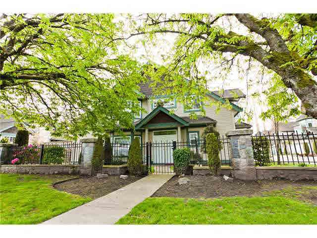 Main Photo: 33 7600 BLUNDELL Road in Richmond: Broadmoor Townhouse for sale : MLS®# R2034137