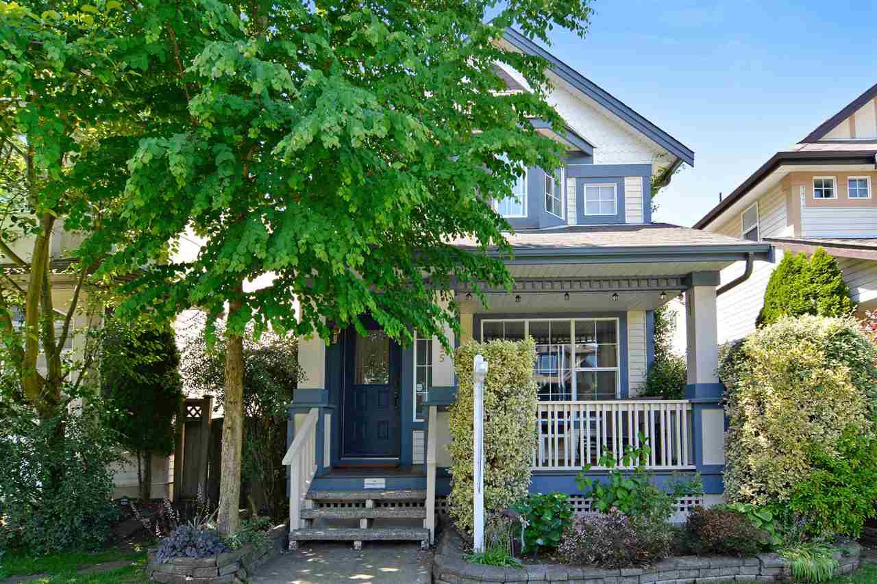 Main Photo: 6655 185A STREET in Surrey: Cloverdale BC House for sale (Cloverdale)  : MLS®# R2074248