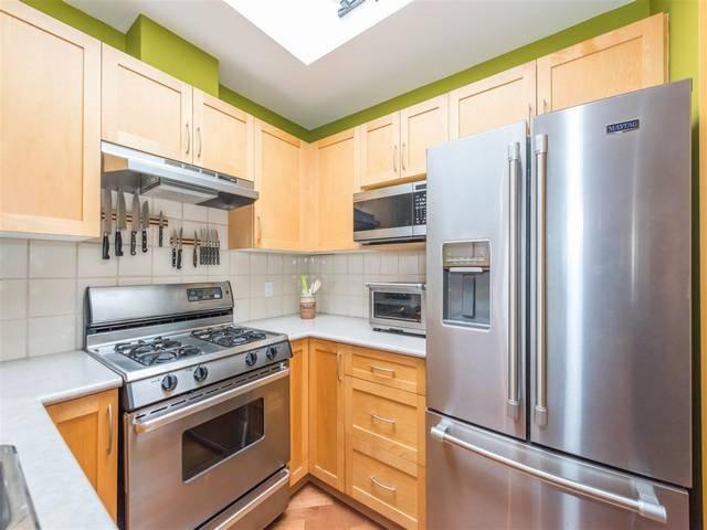 Photo 15: Photos: 402 1858 W 5TH AVENUE in Vancouver: Kitsilano Condo for sale (Vancouver West)  : MLS®# R2152257