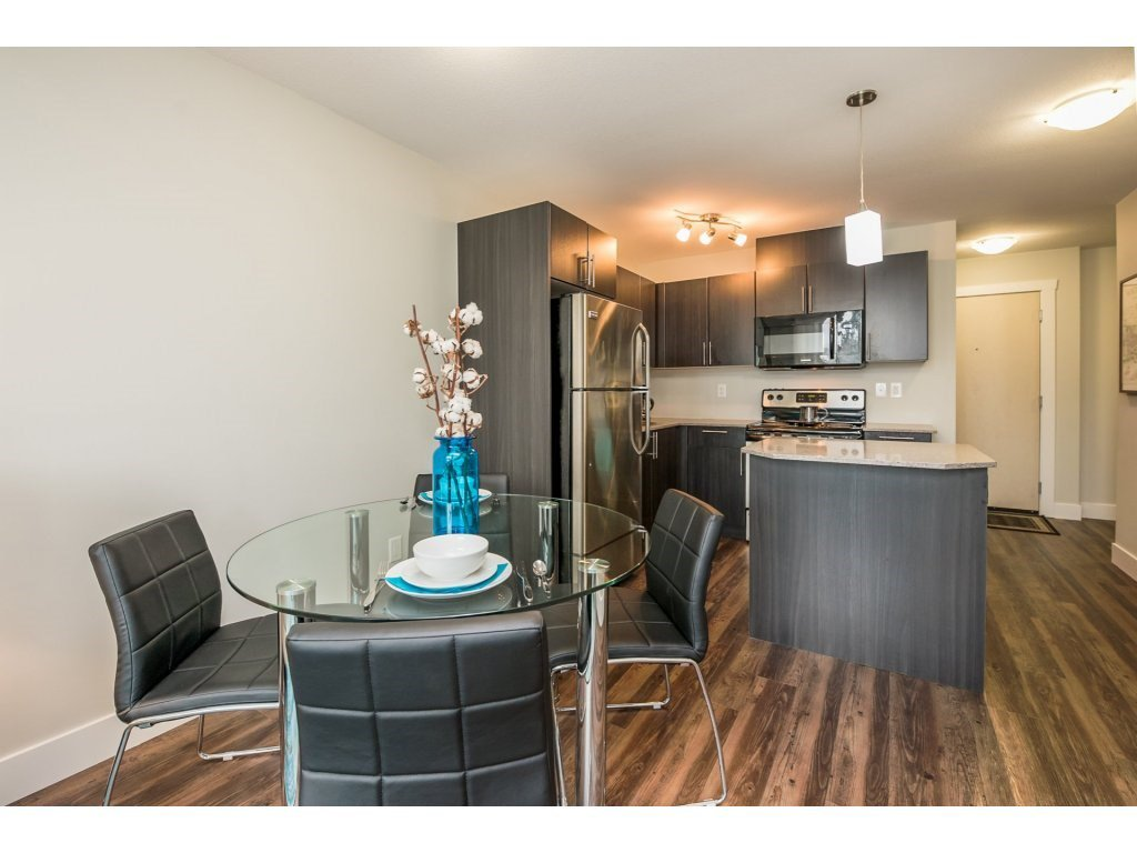 Photo 14: Photos: 403-2565 Campbell Avenue in Abbotsford: Abbotsford East Condo for rent