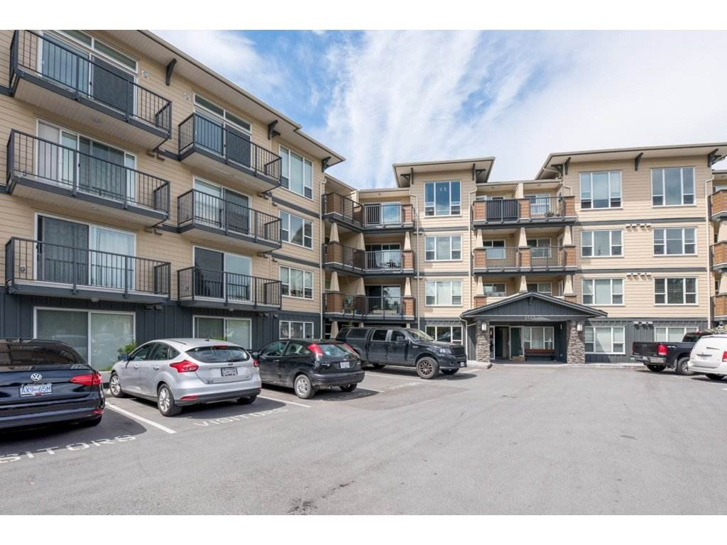 Main Photo: 403-2565 Campbell Avenue in Abbotsford: Abbotsford East Condo for rent