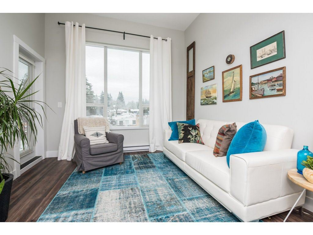 Photo 2: Photos: 403-2565 Campbell Avenue in Abbotsford: Abbotsford East Condo for rent