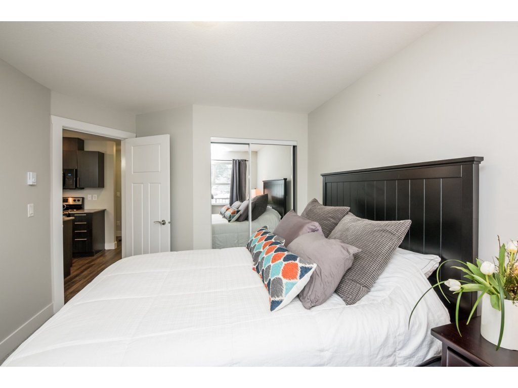 Photo 8: Photos: 403-2565 Campbell Avenue in Abbotsford: Abbotsford East Condo for rent
