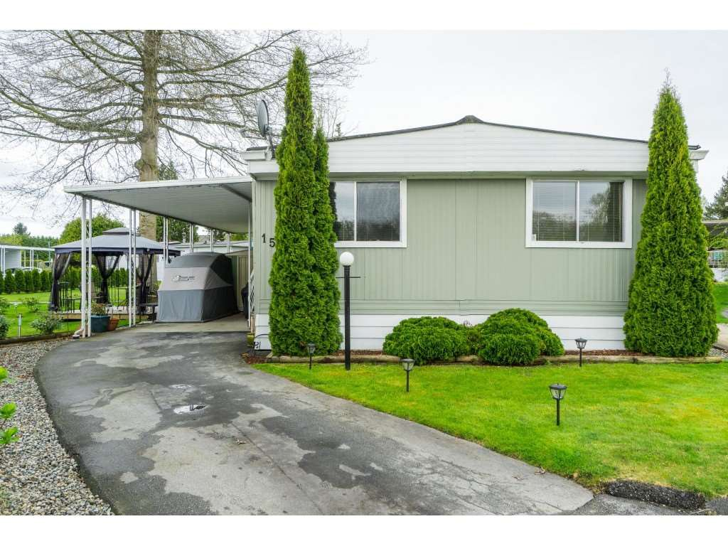 Main Photo: 156 1840 160 STREET in Surrey: Grandview Surrey Manufactured Home for sale (South Surrey White Rock)  : MLS®# R2358817