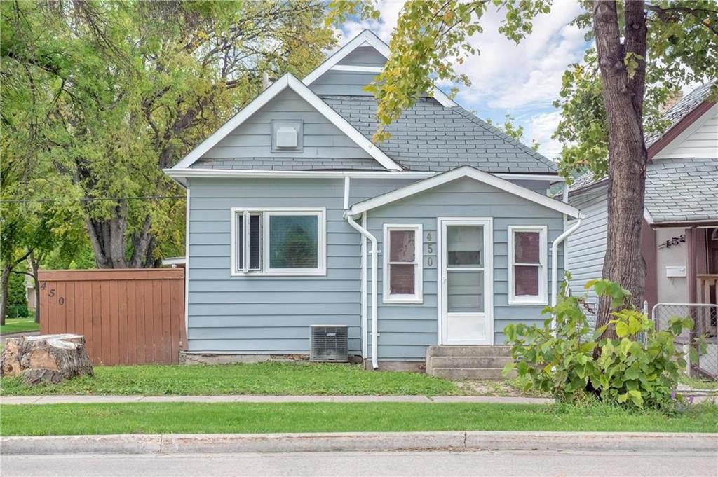 Main Photo: 450 McKenzie Street in Winnipeg: North End Residential for sale (4C)  : MLS®# 202000029