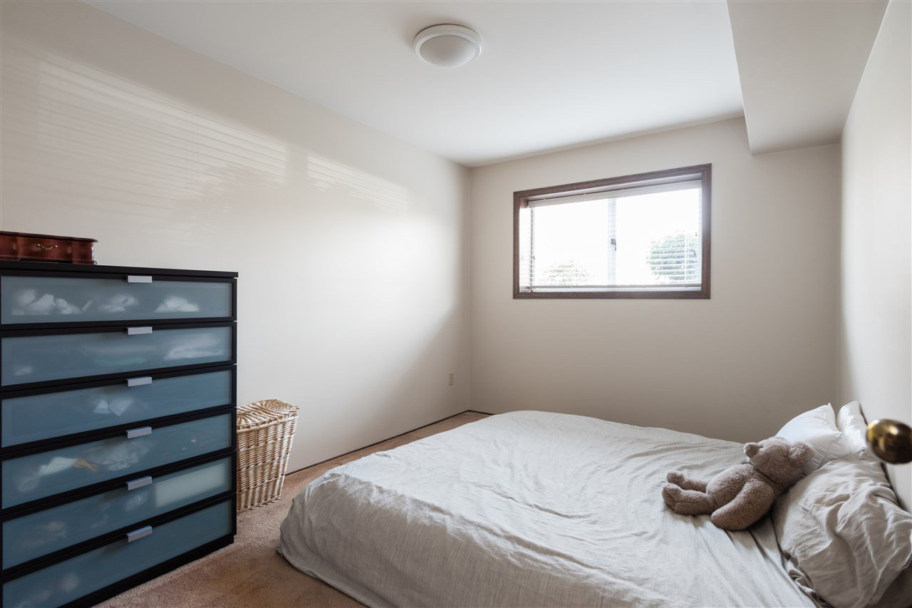 Photo 19: Photos: 366 W 26TH Avenue in Vancouver: Cambie House for sale (Vancouver West)  : MLS®# R2449624