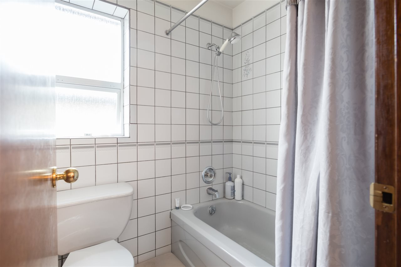 Photo 15: Photos: 366 W 26TH Avenue in Vancouver: Cambie House for sale (Vancouver West)  : MLS®# R2449624