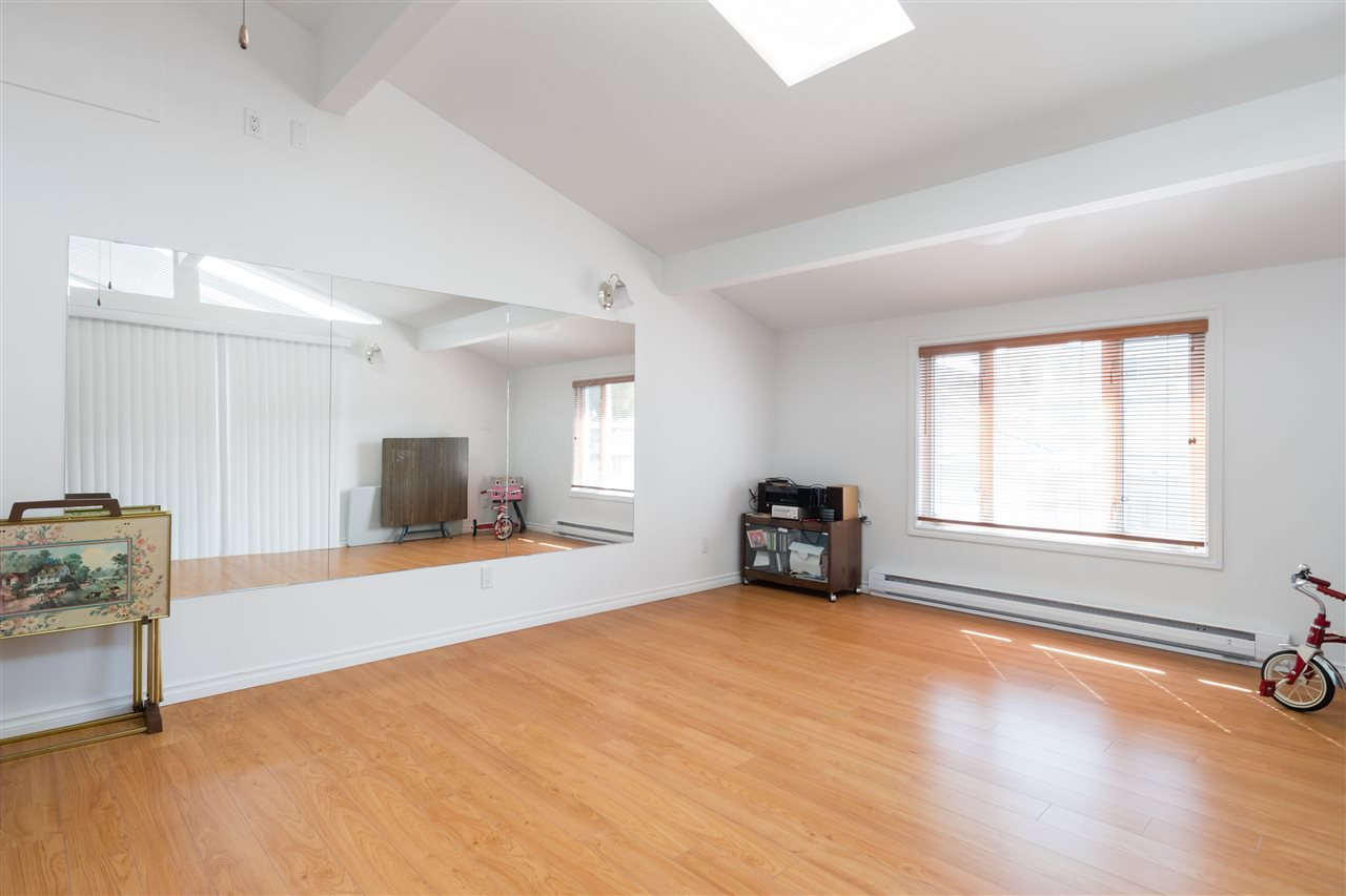 Photo 7: Photos: 366 W 26TH Avenue in Vancouver: Cambie House for sale (Vancouver West)  : MLS®# R2449624