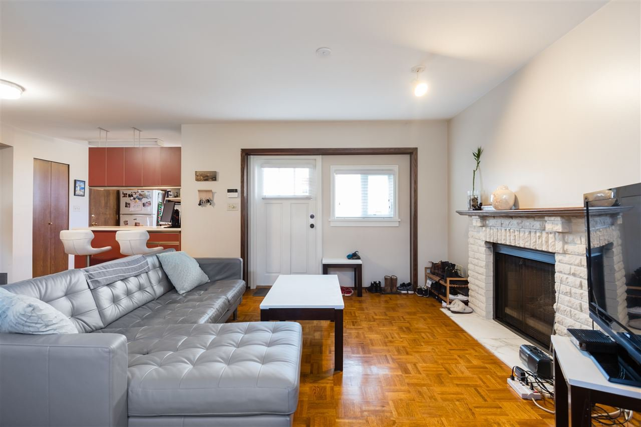 Photo 17: Photos: 366 W 26TH Avenue in Vancouver: Cambie House for sale (Vancouver West)  : MLS®# R2449624