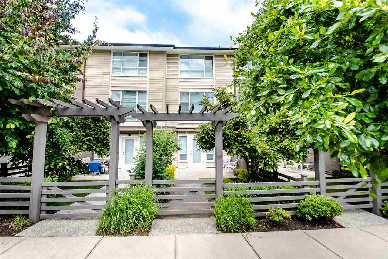 "Main Photo: 25 15405 31 Avenue in Surrey: Morgan Creek Townhouse for sale in ""NUVO II"" (South Surrey White Rock)  : MLS®# R2467188"