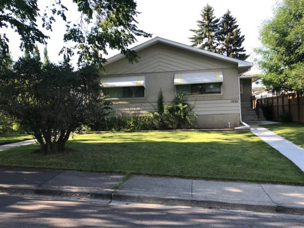Main Photo: 1028 / 1026 39 Avenue NW in Calgary: Cambrian Heights Duplex for sale : MLS®# A1050074