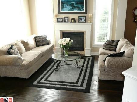 Main Photo: 19756 71B AV in Langley: Home for sale (Canada)  : MLS®# F1123328