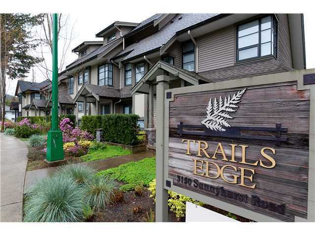 "Main Photo: 12 3150 SUNNYHURST Road in North Vancouver: Lynn Valley Townhouse for sale in ""Trails Edge"" : MLS®# V1001134"