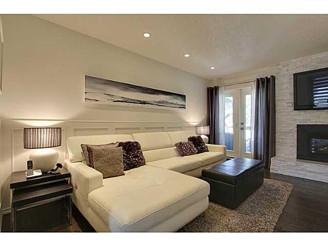 Photo 9: Photos: 2211 LAKE BONAVISTA Drive SE in CALGARY: Lk Bonavista Estates Residential Detached Single Family for sale (Calgary)  : MLS®# C3575324