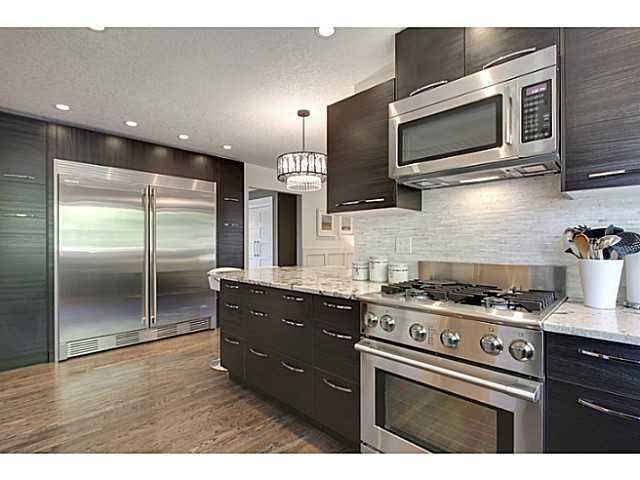 Photo 7: Photos: 2211 LAKE BONAVISTA Drive SE in CALGARY: Lk Bonavista Estates Residential Detached Single Family for sale (Calgary)  : MLS®# C3575324