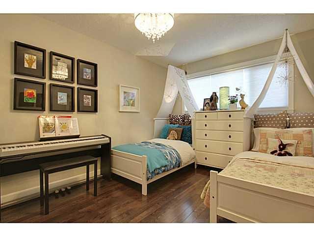 Photo 13: Photos: 2211 LAKE BONAVISTA Drive SE in CALGARY: Lk Bonavista Estates Residential Detached Single Family for sale (Calgary)  : MLS®# C3575324