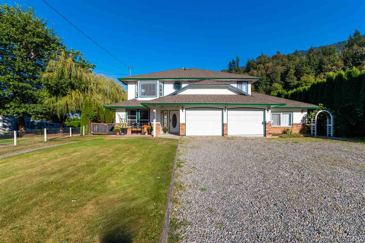 Main Photo: 3980 ECKERT Street: Yarrow House for sale : MLS®# R2495626