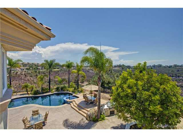 Photo 13: Photos: SCRIPPS RANCH House for sale : 5 bedrooms : 10991 Twinleaf Court in San Diego