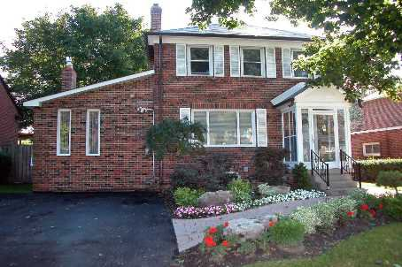 Main Photo: 97 Brookview Drive in Toronto: Engelmount-Lawrence Freehold for sale (Toronto C04)  : MLS®# C1678560