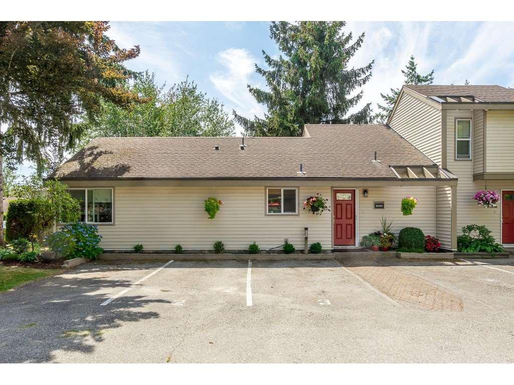 "Main Photo: 6103 E GREENSIDE Drive in Surrey: Cloverdale BC Townhouse for sale in ""Greenside"" (Cloverdale)  : MLS®# R2390894"