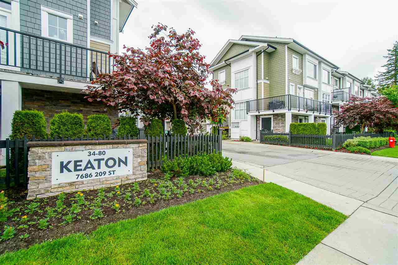 """Main Photo: 62 7686 209 Street in Langley: Willoughby Heights Townhouse for sale in """"KEATON"""" : MLS®# R2465225"""