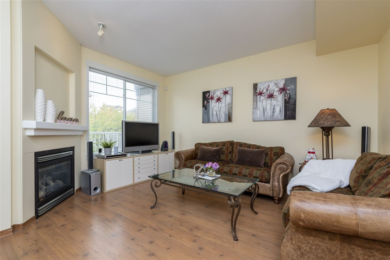 """Main Photo: 7 6388 ALDER Street in Richmond: McLennan North Townhouse for sale in """"THE HAMPTONS"""" : MLS®# R2500323"""