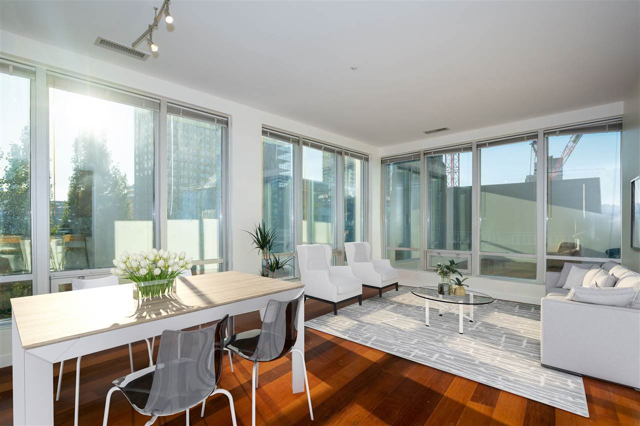 "Main Photo: 307 989 NELSON Street in Vancouver: Downtown VW Condo for sale in ""ELECTRA"" (Vancouver West)  : MLS®# R2527877"