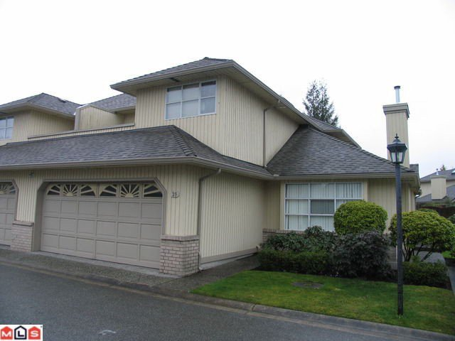 "Main Photo: 39 8560 162ND Street in Surrey: Fleetwood Tynehead Townhouse for sale in ""LAKEWOOD GREEN"" : MLS®# F1205720"