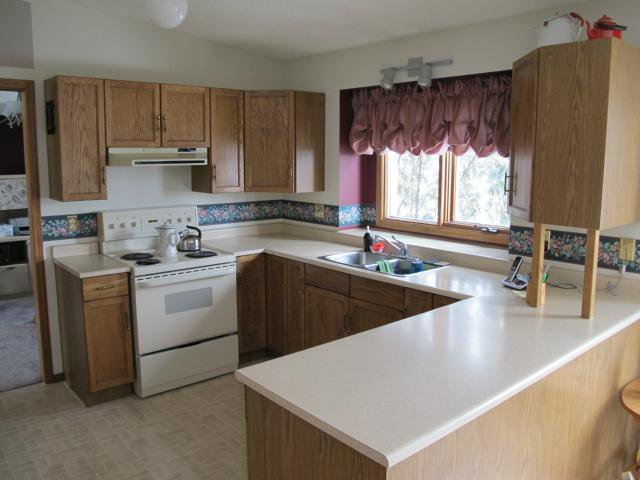 Photo 8: Photos:  in WINNIPEG: Maples / Tyndall Park Residential for sale (North West Winnipeg)  : MLS®# 1203832