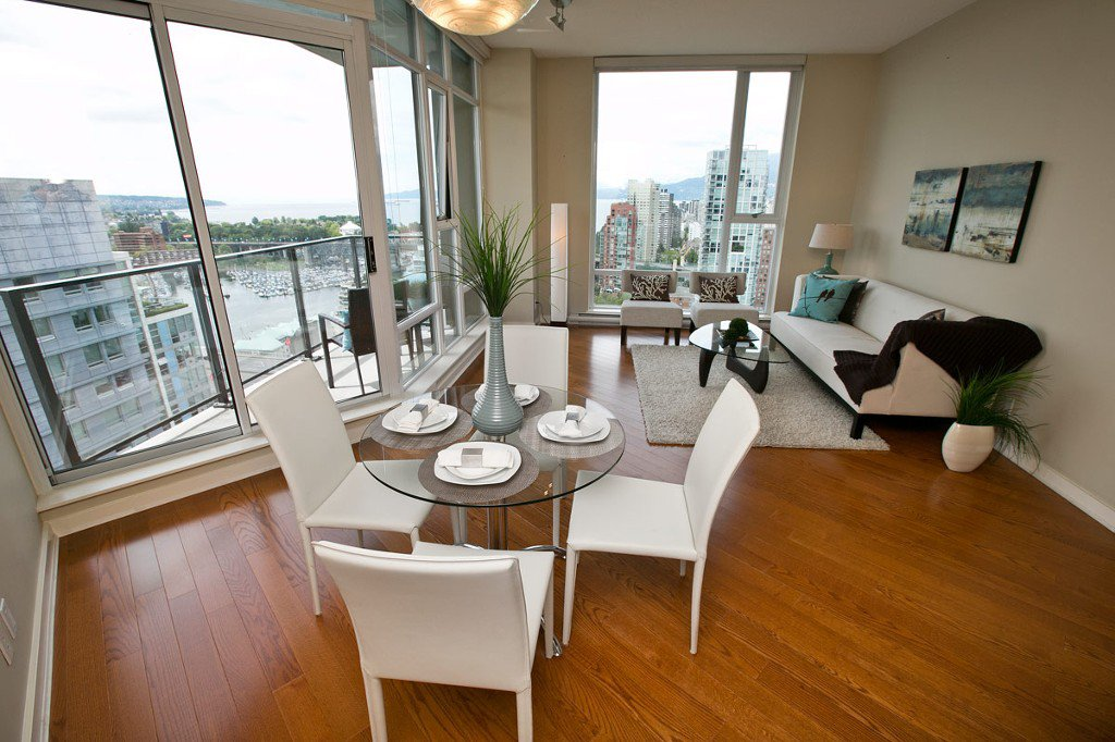 """Photo 9: Photos: 3202 583 BEACH Crescent in Vancouver: Yaletown Condo for sale in """"TWO PARKWEST"""" (Vancouver West)  : MLS®# V1008812"""