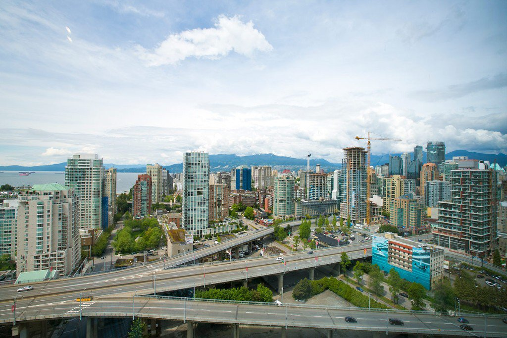 """Photo 22: Photos: 3202 583 BEACH Crescent in Vancouver: Yaletown Condo for sale in """"TWO PARKWEST"""" (Vancouver West)  : MLS®# V1008812"""