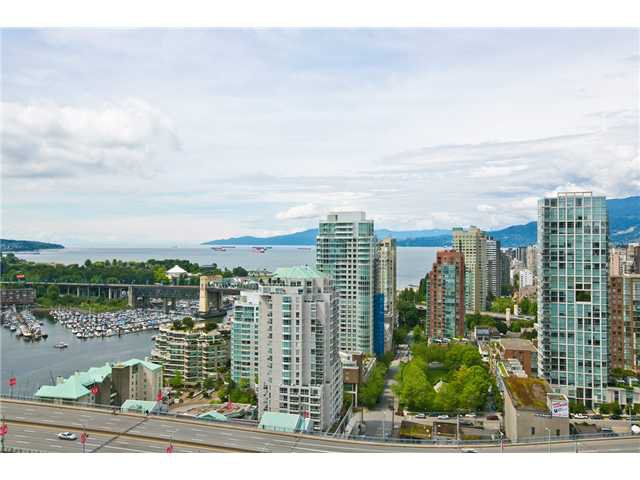 """Photo 35: Photos: 3202 583 BEACH Crescent in Vancouver: Yaletown Condo for sale in """"TWO PARKWEST"""" (Vancouver West)  : MLS®# V1008812"""