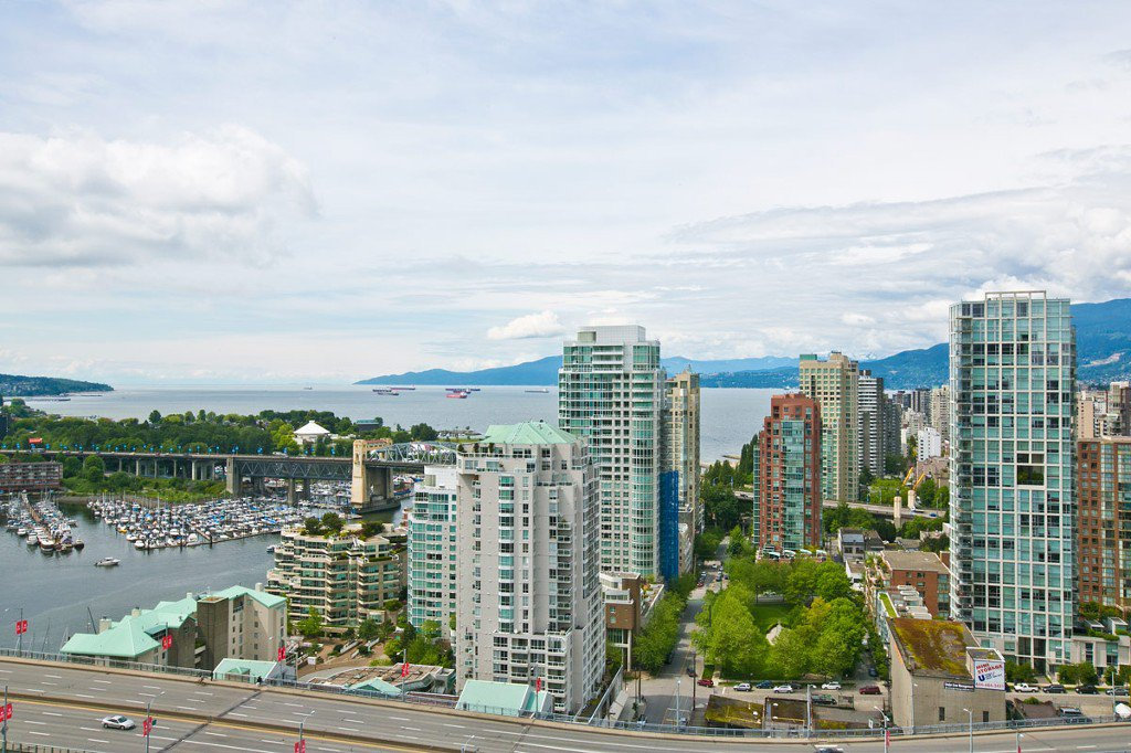 """Photo 1: Photos: 3202 583 BEACH Crescent in Vancouver: Yaletown Condo for sale in """"TWO PARKWEST"""" (Vancouver West)  : MLS®# V1008812"""