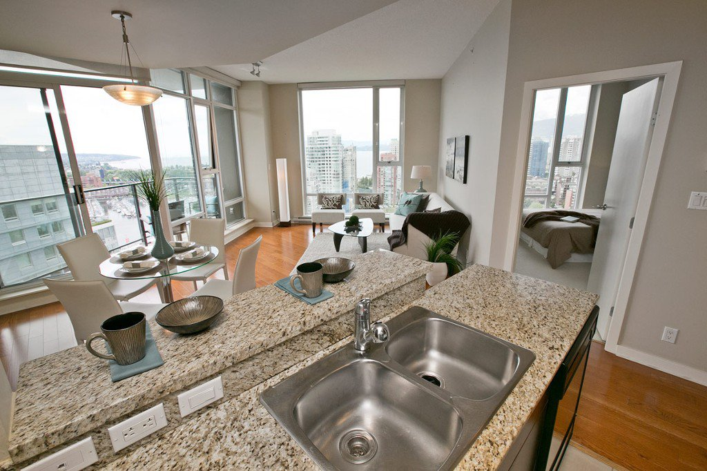 """Photo 25: Photos: 3202 583 BEACH Crescent in Vancouver: Yaletown Condo for sale in """"TWO PARKWEST"""" (Vancouver West)  : MLS®# V1008812"""