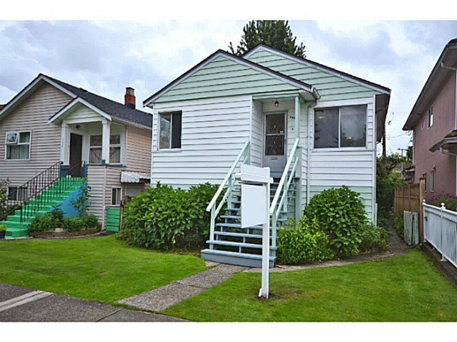 "Main Photo: 2526 VENABLES Street in Vancouver: Renfrew VE House for sale in ""Renfrew/East Village"" (Vancouver East)  : MLS®# V1014686"